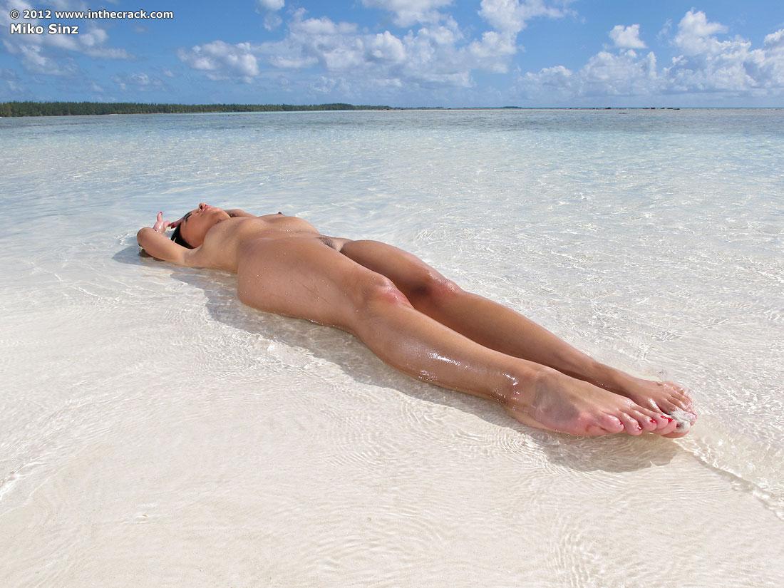 Assured, what Tahiti nude beach girls are mistaken